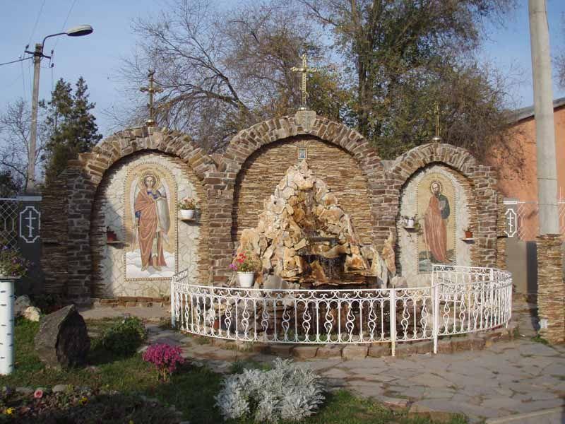 Территория храма в Кулевчах